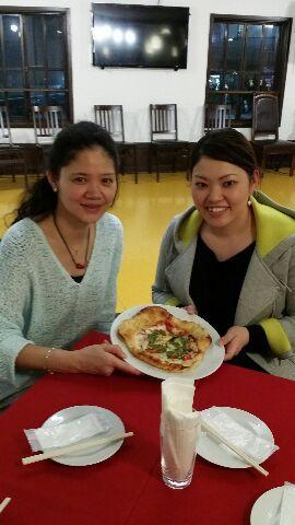 クロワッサン生地のピザ
